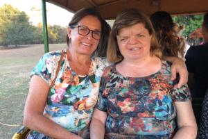 Cris Galli e sua filha, uma mulher autista